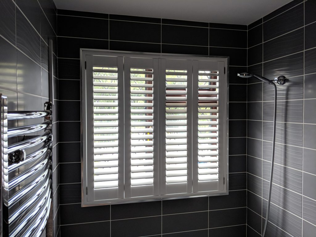 Waterproof shutter