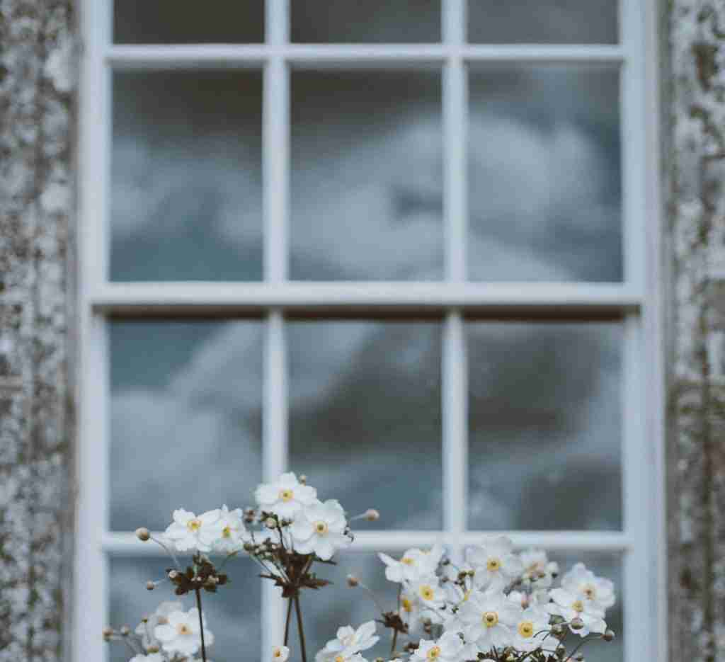 title graphic for Shuttertec blog about shutters for sash windows