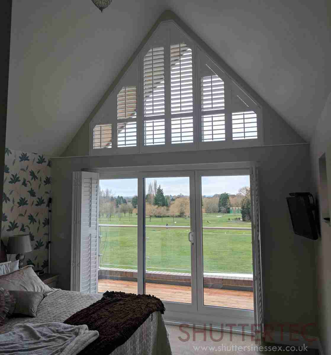 tracked shutters from Shuttertec